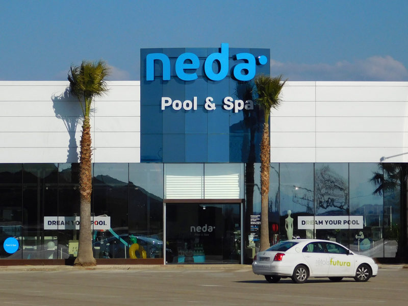 Neda Pool & Spa Vila-sacra