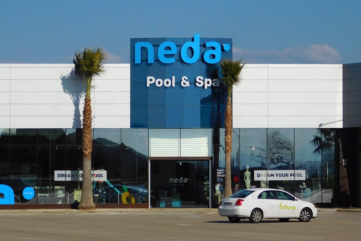 Neda Pool & Spa Vila-sacra