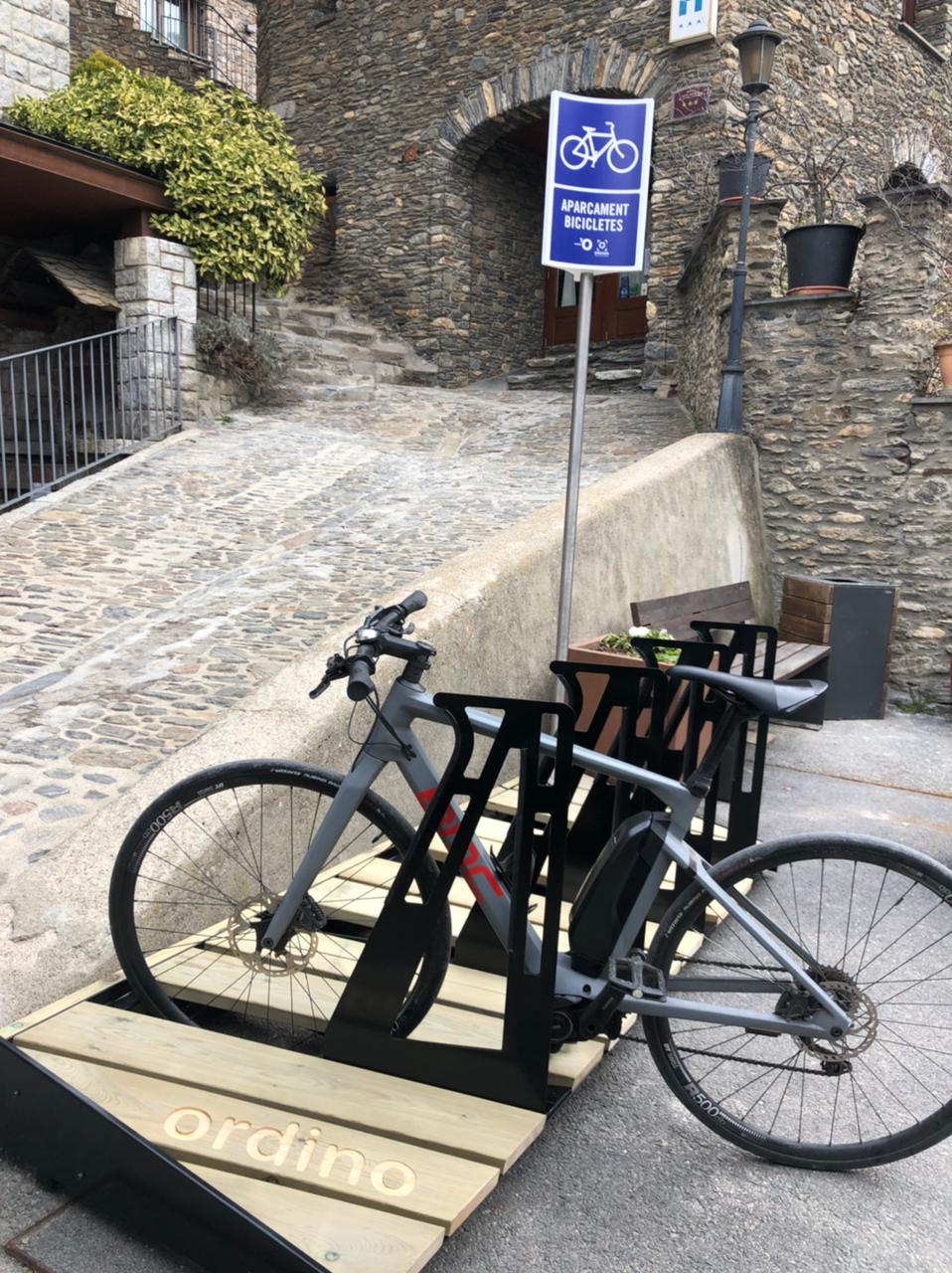 Ordino (Andorra) – Estacionamiento para bicicletas